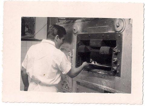 pizza oven, Capri's