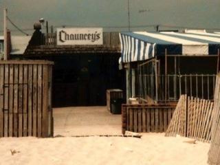 Chancey's Bar, beach entrance