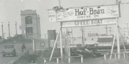 Hof-Brau sign