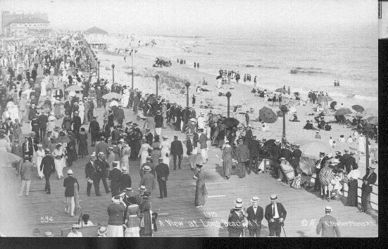 crowded boardwalk, 1915
