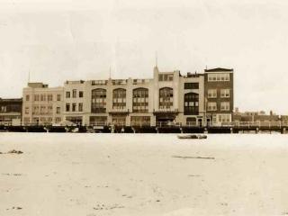beach and bath houses, near Riverside