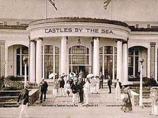 Castles by the Sea, front entrance
