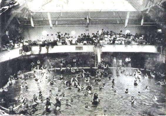 crowded public baths