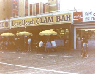 Long Beach Clam Bar on boardwalk