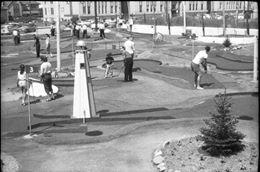 miniature golf by boardwalk