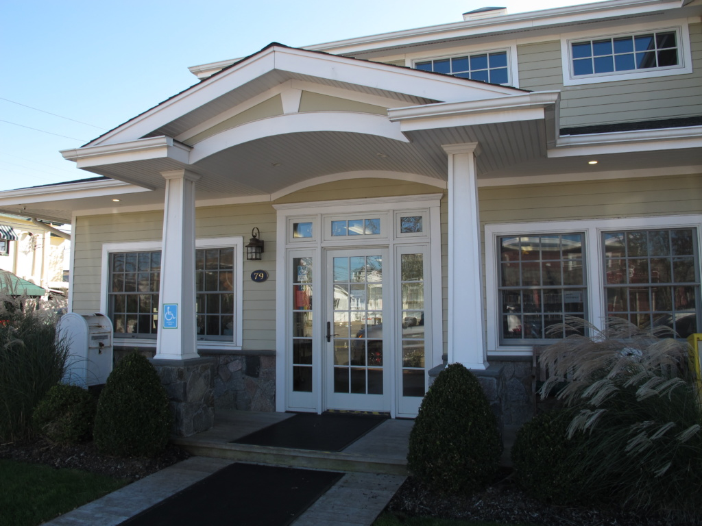 Point Lookout Branch exterior